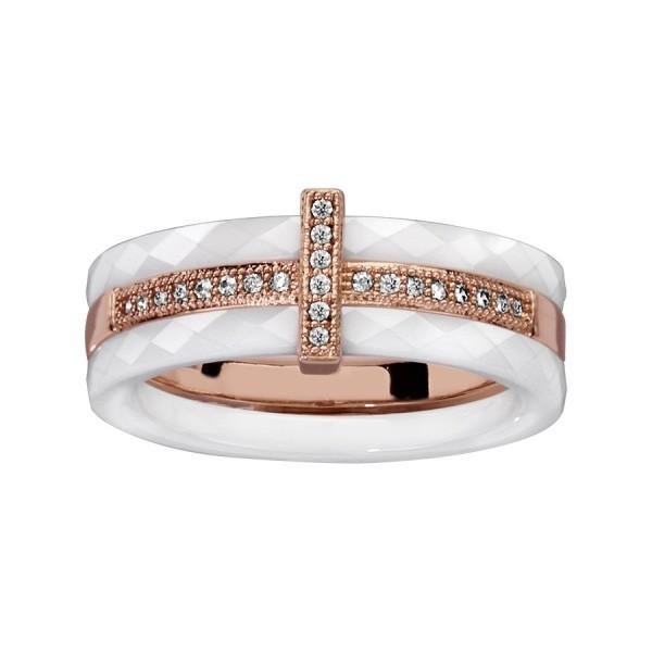 Bague céramique blanche avec un anneau plaqué or rose et oxydes blancs